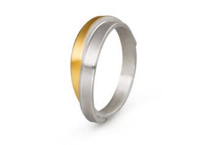Cross-over Ring