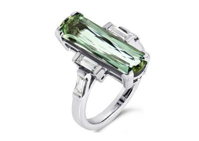 18ct Green Aquamarine & diamond ring
